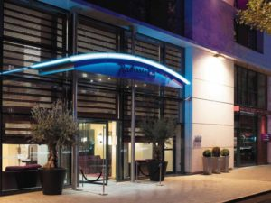 Blu EVENTS FACADE Radisson Blu HOTEL LOCATION SALLE PARIS 16 BOULOGNE 92